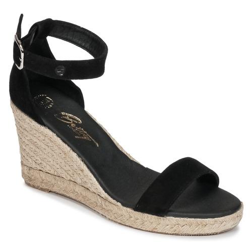 kengät Naiset Sandaalit ja avokkaat Betty London INDALI Black