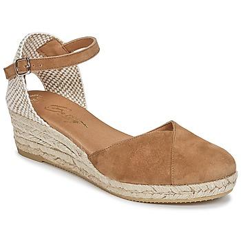 kengät Naiset Sandaalit ja avokkaat Betty London INONO Camel