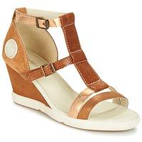 kengät Naiset Sandaalit ja avokkaat Pataugas WAMI-F2B CAMEL