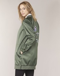 vaatteet Naiset Pusakka Tommy Hilfiger MABEL-LONG-BOMBER Khaki