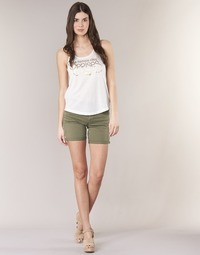 vaatteet Naiset Shortsit / Bermuda-shortsit Le Temps des Cerises RAIPORT Kaki