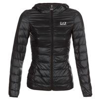 vaatteet Naiset Toppatakki Emporio Armani EA7 TRAIN CORE LADY Black