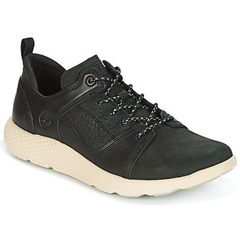 kengät Miehet Matalavartiset tennarit Timberland FLYROAM LEATHER OXFO Black