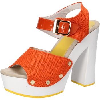 kengät Naiset Sandaalit ja avokkaat Suky Brand sandali arancione tessuto vernice AC802 Arancio