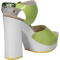kengät Naiset Sandaalit ja avokkaat Suky Brand sandali verde vernice tessuto AC811 Verde