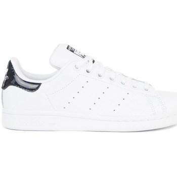 kengät Lapset Matalavartiset tennarit adidas Originals Stan Smith Valkoiset