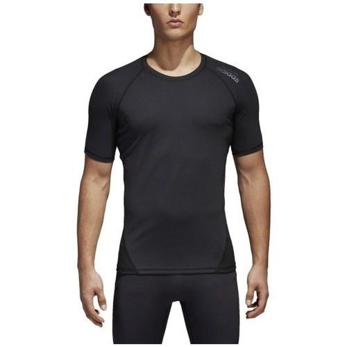 vaatteet Miehet Lyhythihainen t-paita adidas Originals Alphaskin Mustat