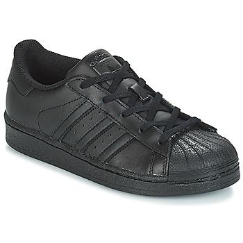 kengät Lapset Matalavartiset tennarit adidas Originals SUPERSTAR C Musta