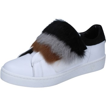 kengät Naiset Tennarit Islo sneakers bianco pelle pelliccia BZ211 Bianco