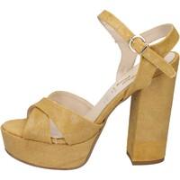 kengät Naiset Sandaalit ja avokkaat Geneve Shoes sandali giallo tessuto BZ892 Giallo