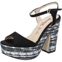 kengät Naiset Sandaalit ja avokkaat Geneve Shoes sandali nero camoscio BZ893 Nero