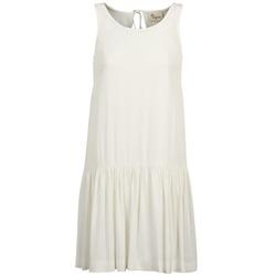 vaatteet Naiset Lyhyt mekko Stella Forest DELFINEZ Ecru
