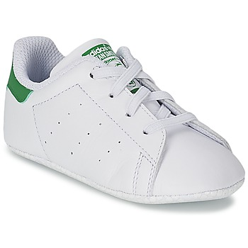 kengät Lapset Matalavartiset tennarit adidas Originals STAN SMITH GIFTSET White / Green