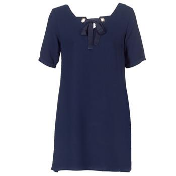 vaatteet Naiset Lyhyt mekko Betty London HOUNI Laivastonsininen