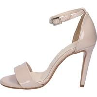 kengät Naiset Sandaalit ja avokkaat Olga Rubini sandali beige vernice BY289 Beige