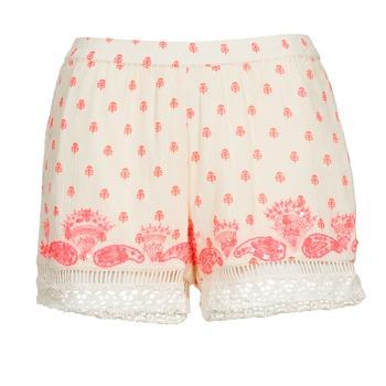 vaatteet Naiset Shortsit / Bermuda-shortsit Brigitte Bardot ANGELINE Ecru