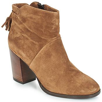 kengät Naiset Bootsit André CARESSE Camel