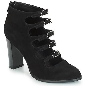 kengät Naiset Bootsit André GAYA Black
