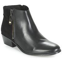 kengät Naiset Bootsit André THAIS Black