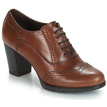 kengät Naiset Derby-kengät André CAPITAINE Brown