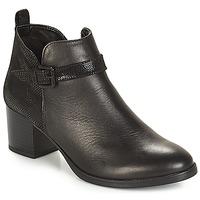 kengät Naiset Bootsit André PATTY 3 Black