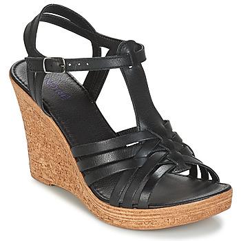 kengät Naiset Sandaalit ja avokkaat André FABULEUSE Black
