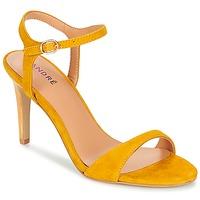 kengät Naiset Sandaalit ja avokkaat André SAXO Yellow