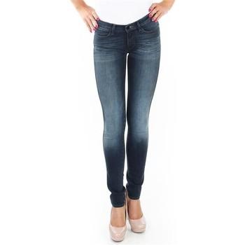 vaatteet Naiset Skinny-farkut Wrangler Spodnie  Corynn W25FU453J blue
