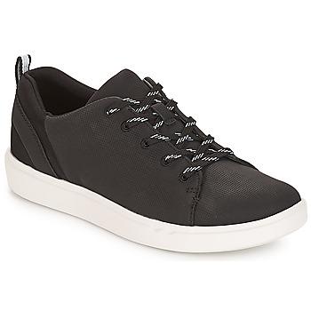 kengät Naiset Matalavartiset tennarit Clarks Step Verve Musta