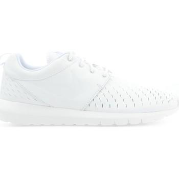 kengät Miehet Matalavartiset tennarit Nike ROSHE NM LSR 833126-111 white
