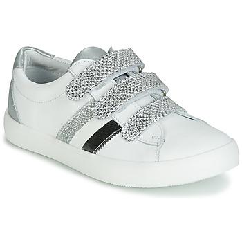 kengät Tytöt Matalavartiset tennarit GBB MADO White / Hopea