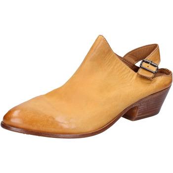 kengät Naiset Sandaalit ja avokkaat Moma Sandaalit BX975 Keltainen