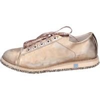 kengät Naiset Matalavartiset tennarit Moma sneakers rosa pelle platino BT48 Rosa