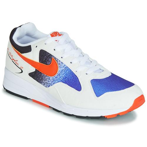 promo code 42381 e632e kengät Miehet Matalavartiset tennarit Nike AIR SKYLON II White   Blue    Orange